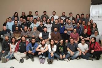 Retrato de familia de las cooperativas reunidas en Rosario