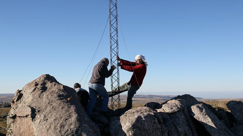 Enderezando la torre, por Julián De La Reta